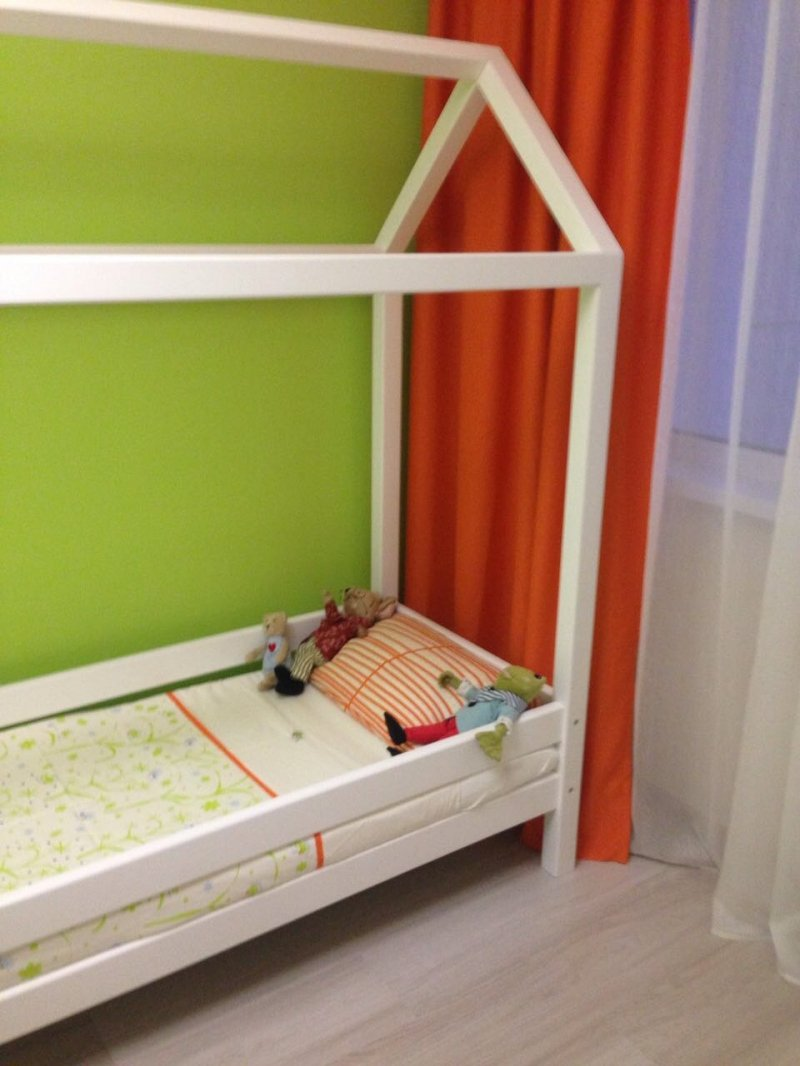 Cot-house